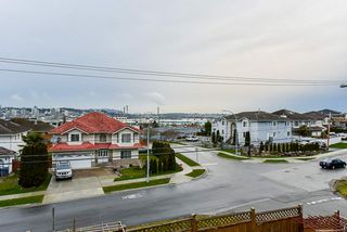 Photo 9: 10035 117 Street in Surrey: Royal Heights House for sale (North Surrey)  : MLS®# R2438089