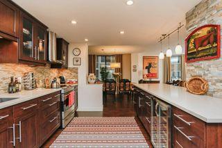 Photo 9: 304 11710 100 Avenue NW in Edmonton: Zone 12 Condo for sale : MLS®# E4192546