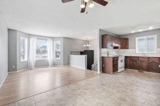 Photo 5: 270 Erin Circle SE in Calgary: Erin Woods Detached for sale : MLS®# C4292742