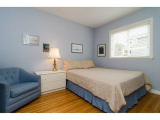 """Photo 23: 15789 CLIFF Avenue: White Rock House for sale in """"EAST BEACH HILLSIDE"""" (South Surrey White Rock)  : MLS®# R2456817"""