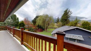 Photo 36: 41551 GRANT Road in Squamish: Brackendale House for sale : MLS®# R2458239
