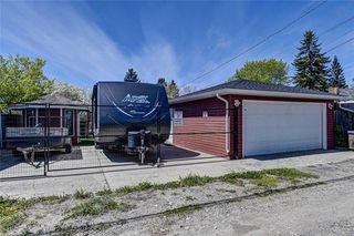 Photo 37: 1036 9 Street SE in Calgary: Ramsay Detached for sale : MLS®# C4299272