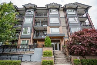 "Main Photo: 205 2351 KELLY Avenue in Port Coquitlam: Central Pt Coquitlam Condo for sale in ""La Via"" : MLS®# R2466802"
