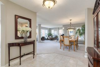 Photo 2: 601 200 La Caille Place SW in Calgary: Eau Claire Apartment for sale : MLS®# A1042551