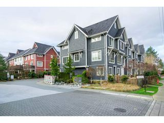 "Photo 3: 40 3039 156 Street in Surrey: Grandview Surrey Townhouse for sale in ""NICHE"" (South Surrey White Rock)  : MLS®# R2526239"