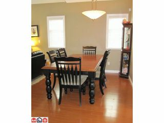 "Photo 3: 18 8717 159TH Street in Surrey: Fleetwood Tynehead Townhouse for sale in ""SPRINGFIELD GARDENS"" : MLS®# F1011185"