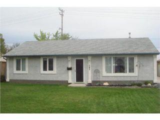 Photo 1: 187 Braintree Crescent in WINNIPEG: St James Residential for sale (West Winnipeg)  : MLS®# 1009301