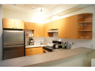 "Photo 2: 34 7088 17TH Avenue in Burnaby: Edmonds BE Townhouse for sale in ""SOUTHBOROUGH"" (Burnaby East)  : MLS®# V865203"