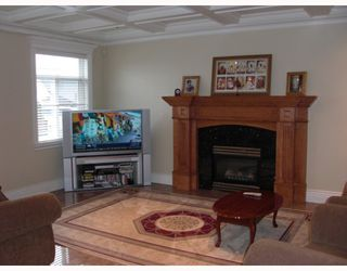 Photo 5: 4370 NAPIER Street in Burnaby: Willingdon Heights House for sale (Burnaby North)  : MLS®# V747718