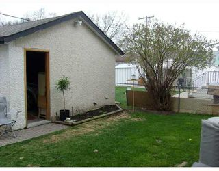Photo 9: 314 RAVELSTON Avenue West in WINNIPEG: Transcona Residential for sale (North East Winnipeg)  : MLS®# 2808345
