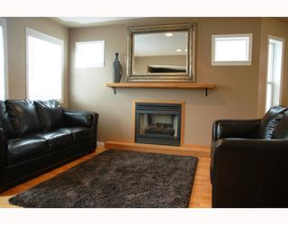 Photo 3: 2684 BERNARD Road in Prince_George: St. Lawrence Heights House for sale (PG City South (Zone 74))  : MLS®# N191152