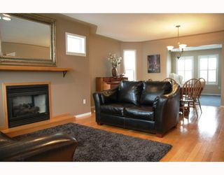 Photo 4: 2684 BERNARD Road in Prince_George: St. Lawrence Heights House for sale (PG City South (Zone 74))  : MLS®# N191152