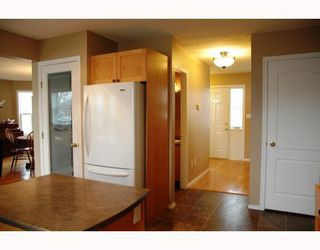 Photo 6: 2684 BERNARD Road in Prince_George: St. Lawrence Heights House for sale (PG City South (Zone 74))  : MLS®# N191152