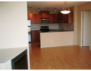 "Photo 3: 801 415 E COLUMBIA Street in New_Westminster: Sapperton Condo for sale in ""SAN MARINO"" (New Westminster)  : MLS®# V769040"