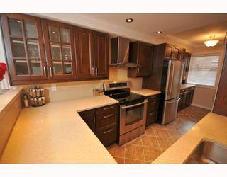 "Photo 8: 11 12438 BRUNSWICK Place in Richmond: Steveston South Townhouse for sale in ""BRUNSWICK GARDEN"" : MLS®# V773462"