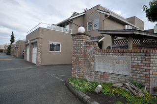 "Photo 1: 11 12438 BRUNSWICK Place in Richmond: Steveston South Townhouse for sale in ""BRUNSWICK GARDEN"" : MLS®# V773462"