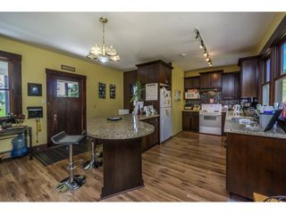 Photo 6: 22089 TELEGRAPH Trail in Langley: Fort Langley House for sale : MLS®# R2389410