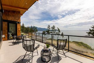 "Photo 3: 240 SHORE Lane: Bowen Island House for sale in ""SEYMOUR SHORES"" : MLS®# R2461118"