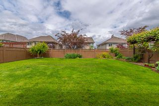 "Photo 27: 27723 LANTERN Avenue in Abbotsford: Aberdeen House for sale in ""West Abby Station"" : MLS®# R2462158"