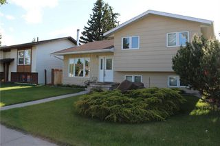 Photo 2: 120 CENTRE Street: Strathmore Detached for sale : MLS®# C4300627