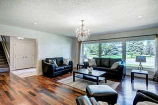 Photo 6: 10907 WILLOWFERN Drive SE in Calgary: Willow Park Detached for sale : MLS®# C4304944