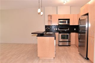 Photo 10: 105 69 SPRINGBOROUGH Court SW in Calgary: Springbank Hill Apartment for sale : MLS®# C4305544