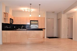 Photo 9: 105 69 SPRINGBOROUGH Court SW in Calgary: Springbank Hill Apartment for sale : MLS®# C4305544