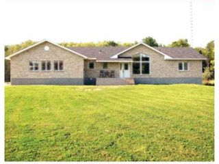 Photo 1: 77088 Pearson Drive in TYNDALL: Beausejour / Tyndall Residential for sale (Winnipeg area)  : MLS®# 1000498