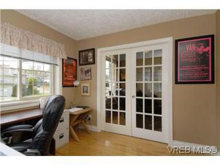 Photo 7: 2363 Selwyn Rd in VICTORIA: La Thetis Heights Single Family Detached for sale (Langford)  : MLS®# 537894