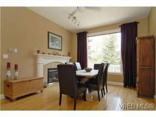 Photo 2: 2363 Selwyn Rd in VICTORIA: La Thetis Heights Single Family Detached for sale (Langford)  : MLS®# 537894