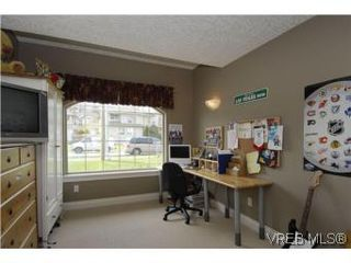 Photo 11: 2363 Selwyn Rd in VICTORIA: La Thetis Heights Single Family Detached for sale (Langford)  : MLS®# 537894