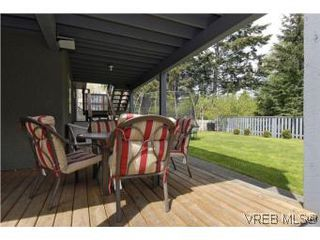 Photo 18: 2363 Selwyn Rd in VICTORIA: La Thetis Heights Single Family Detached for sale (Langford)  : MLS®# 537894