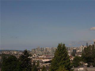 """Photo 10: 403 1688 E 4TH Avenue in Vancouver: Grandview VE Condo for sale in """"LA CASA"""" (Vancouver East)  : MLS®# V840824"""