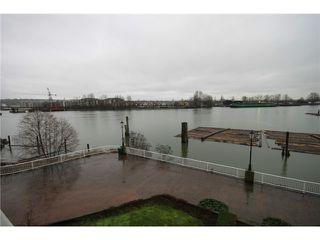 """Photo 10: 310 6 RENAISSANCE Square in New Westminster: Quay Condo for sale in """"THE RIALTO"""" : MLS®# V865241"""