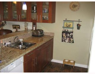 """Photo 4: 207 9300 GLENACRES Drive in Richmond: Saunders Condo for sale in """"SHARON ESTATES"""" : MLS®# V766872"""
