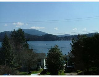 Photo 3: 3 565 SEAVIEW Road in Gibsons: Gibsons & Area Townhouse for sale (Sunshine Coast)  : MLS®# V768347