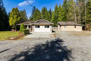 Photo 2: 11839 284 STREET in Maple Ridge: Whonnock House for sale : MLS®# R2373218