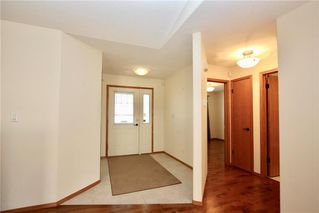 Photo 2: 30 55 Bairdmore Boulevard in Winnipeg: Richmond West Condominium for sale (1S)  : MLS®# 1927484