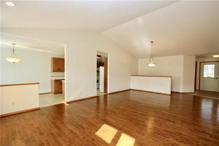 Photo 4: 30 55 Bairdmore Boulevard in Winnipeg: Richmond West Condominium for sale (1S)  : MLS®# 1927484