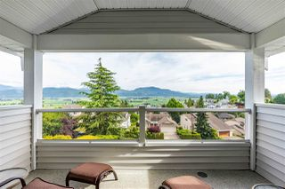 "Photo 4: 2317 MOUNTAIN Drive in Abbotsford: Abbotsford East House for sale in ""Mountain Village"" : MLS®# R2409972"