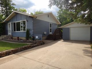 Photo 2: 5010 55 Street: Killam House for sale : MLS®# E4195306