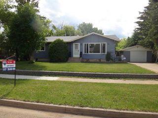 Photo 1: 5010 55 Street: Killam House for sale : MLS®# E4195306