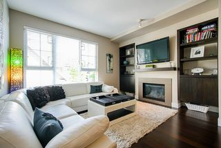 """Photo 6: 85 2501 161A Street in Surrey: Grandview Surrey Townhouse for sale in """"HIGHLAND PARK"""" (South Surrey White Rock)  : MLS®# R2456737"""
