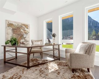 Photo 13: 2249 WINDSAIL PLACE in Squamish: Plateau House for sale : MLS®# R2490653