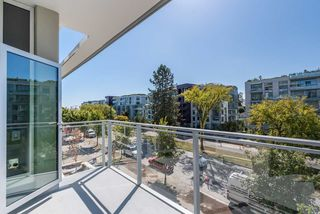 """Photo 16: 304 4988 CAMBIE Street in Vancouver: Cambie Condo for sale in """"Hawthorne"""" (Vancouver West)  : MLS®# R2496586"""