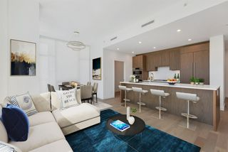 """Photo 1: 304 4988 CAMBIE Street in Vancouver: Cambie Condo for sale in """"Hawthorne"""" (Vancouver West)  : MLS®# R2496586"""