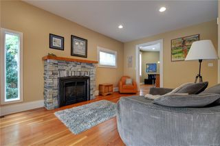 Photo 11: 1319 Stanley Ave in : Vi Fernwood House for sale (Victoria)  : MLS®# 856049