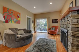 Photo 9: 1319 Stanley Ave in : Vi Fernwood House for sale (Victoria)  : MLS®# 856049