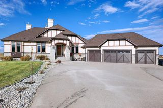 Photo 4: 132 Grizzly Rise in Rural Rocky View County: Rural Rocky View MD Detached for sale : MLS®# A1047323