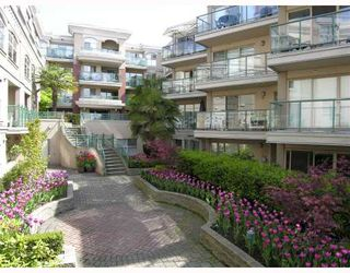 "Photo 10: 113-332 Lonsdale Avenue in North Vancouver: Lower Lonsdale Condo for sale in ""CALYPSO"" : MLS®# V790136"